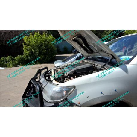 Упоры капота на Toyota Hilux KU-TY-HX00-00